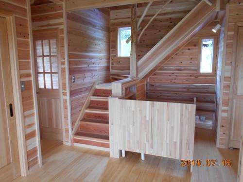 竣工写真(室内階段)